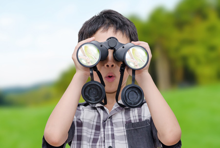 boy-using-binoculars